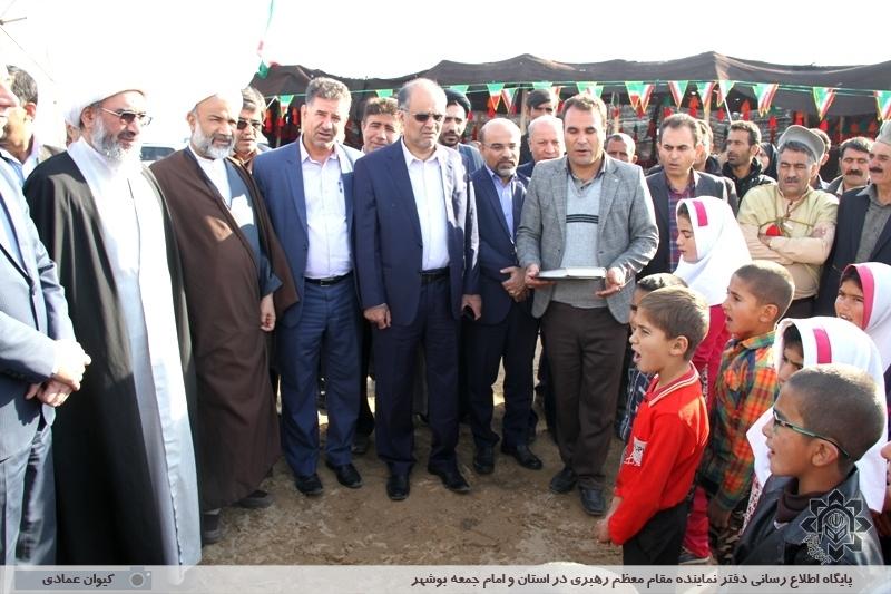 بازدید آیت الله صفایی بوشهری از منطقه عشایری حومه شهر برازجان